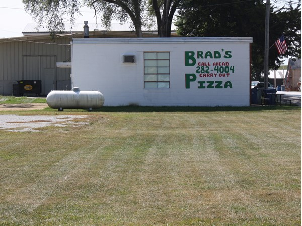 Brad's Pizza is located on North Main