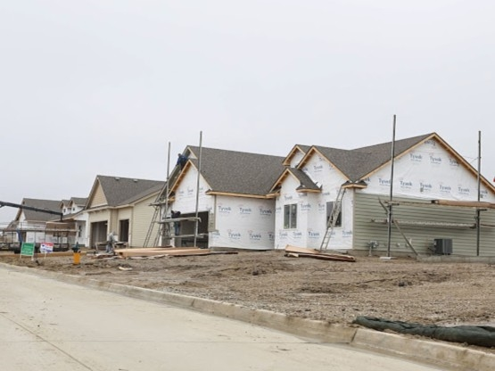 New homes being built in the Pine View Estates (5-1-14)