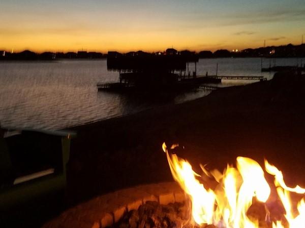 Mallard Landing offers lake living at it's best