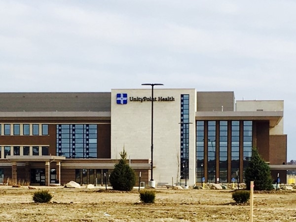 """Cedar Falls welcomes the new """"Unity Point Medical Facility"""" to Pinnacle Park"""