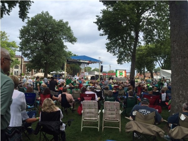 Sunday Morning Mass at Iowa Irish Fest 2016 in Downtown Waterloo
