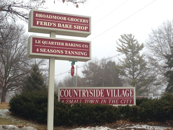Countryside Village at 90th and Pacific - boutique shopping and dining