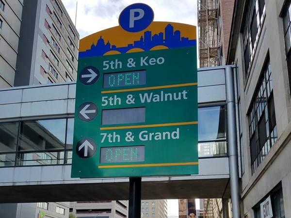 Parking direction signage in Downtown Des Moines