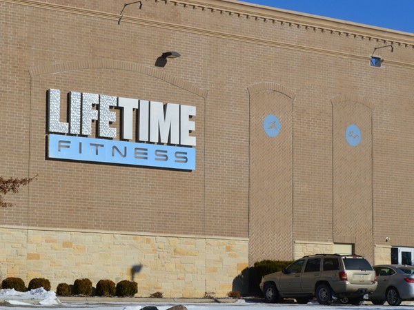 LifeTime Fitness located in the Shops of Legacy on 168th and Center