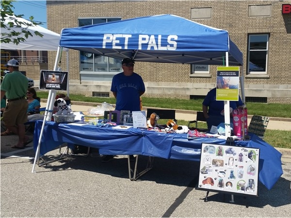 P.E.T. P.A.L.S. (pet therapy organization) at the Sturgis Falls celebration