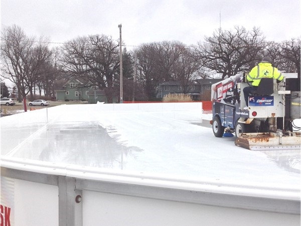 Ice skating at Middle Park! The zamboni is cleaning up for another great day of skating