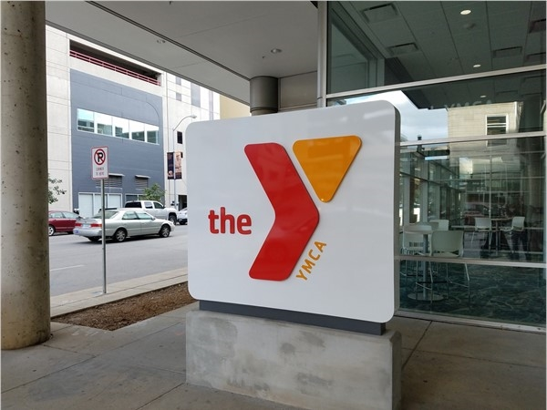 Entrance to the Downtown Des Moines YMCA