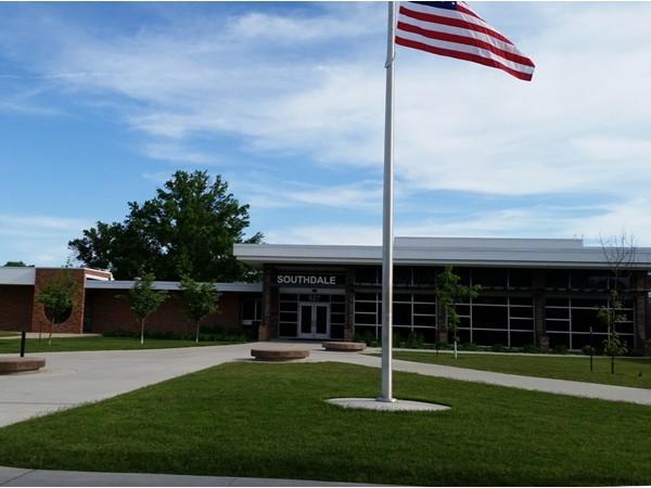 Upgraded Cedar Falls Elementary Schools