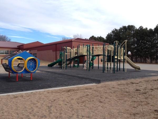 Eastridge Elementary School, Lincoln, NE - New playground equipment