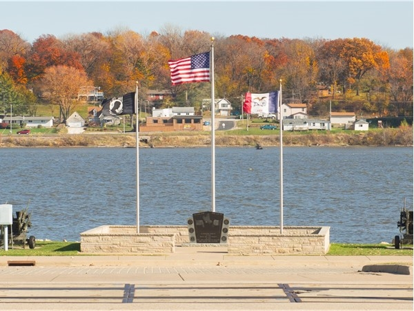 Wonderful view of the riverfront in Le Claire