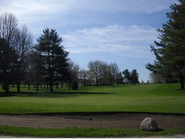 Beautiful golf courses with narrow fairways and large rolling greens