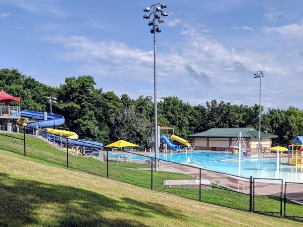 Muscatine Aquatic Center in Weed Park