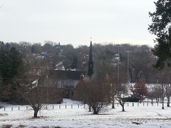 A church in the Dundee neighborhood