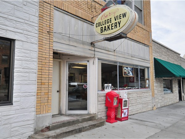 College View Bakery, owned and operated by the Conroy Family since 1957