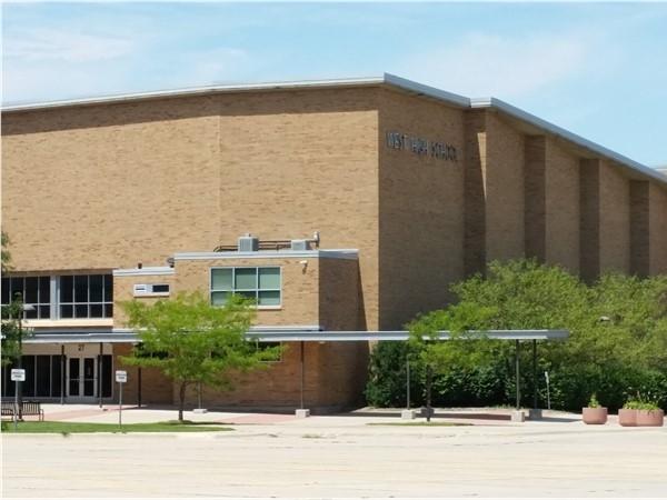 West High School at the corner of Ridgeway and Baltimore. Go Wahawks
