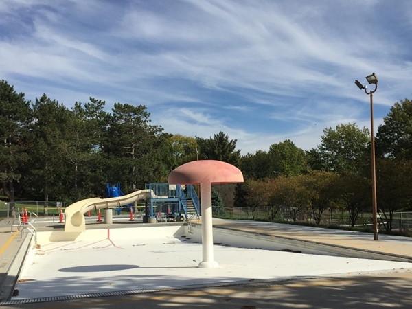 Deer Ridge park swimming pool