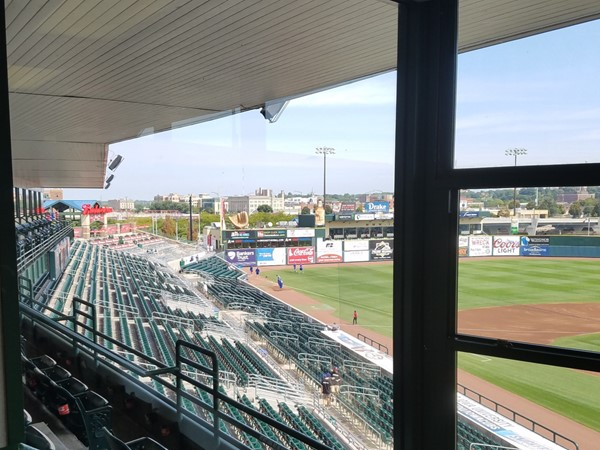Iowa Cubs Outfield Suite