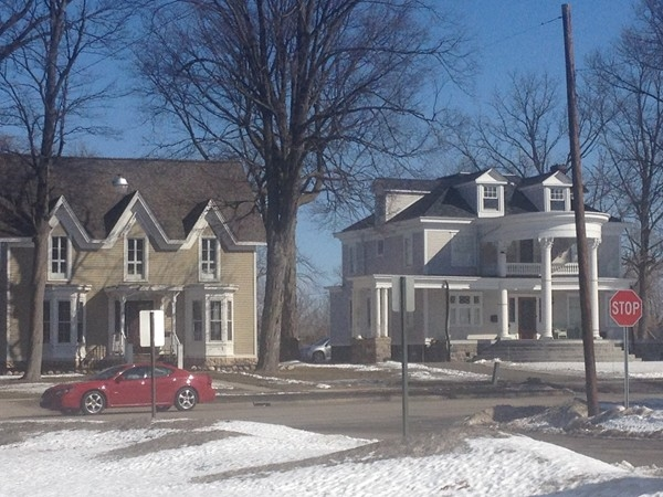 Beautiful historical homes in City of Fenton