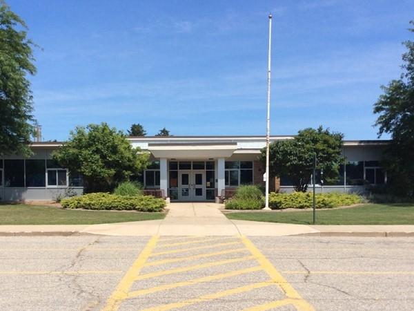 Hollywood Elementary School on East John Beers Road - Stevensville