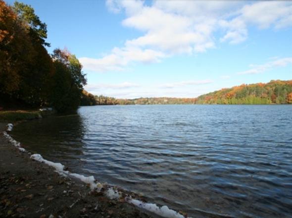 Dunham Lake - motorboats prohibited