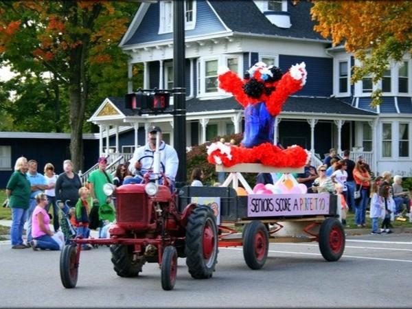 Fenton Homecoming Parade