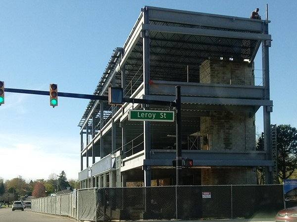 The new Horizon Building at the corner of Silver Lake Road and Leroy Street is coming along