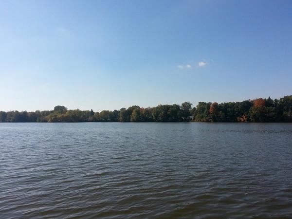 Fall day on Kearsley Lake