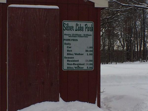 Silver Lake Park entry