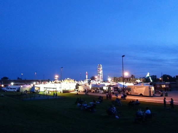 Waiting for fireworks at the Howell Balloonfest