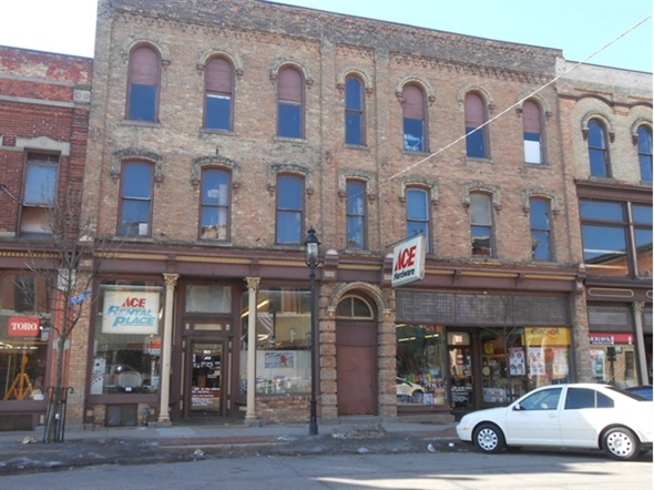 Unclaimed Freight Ace Hardware in Bay City, MI | STIHL Dealer