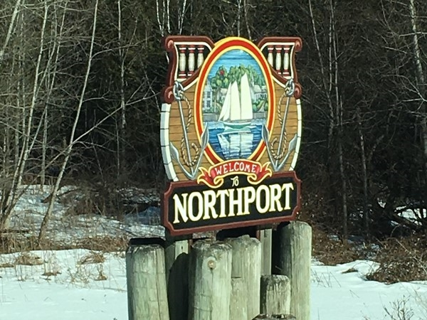 Fun shops and restaurants, beautiful beaches, awesome marina; so much to love about Northport