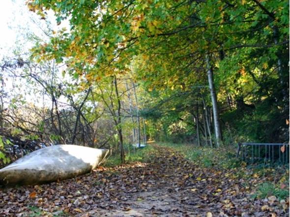 A green belt surrounds Dunham Lake, perfect for hiking, skiing, and enjoying nature