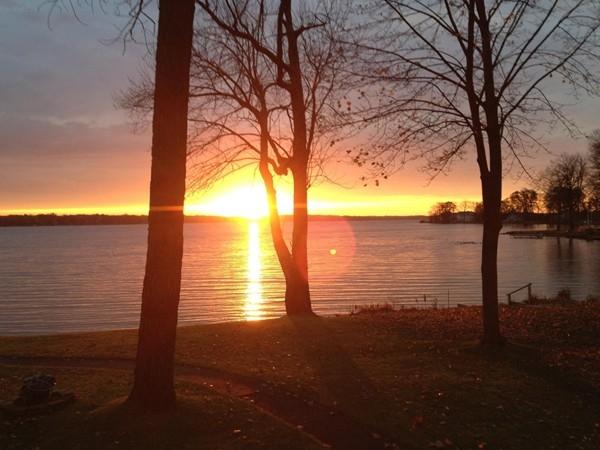 November sunrise at Gull Lake. Gone too soon