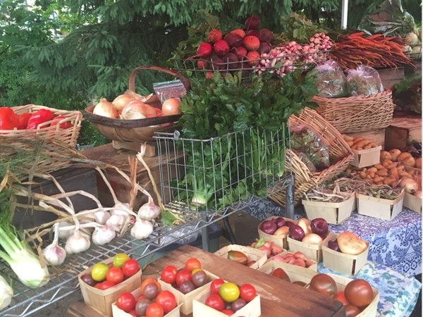The Sara Hardy Downtown Farmers Market offers amazing fruits, veggies, flowers, breads, and more