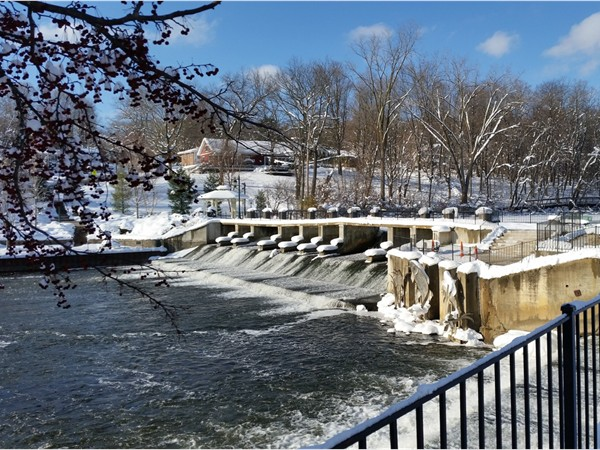Early winter has arrived at Rockford Dam
