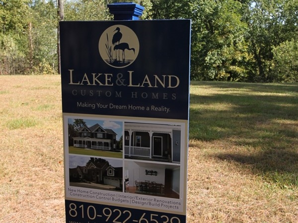 Available builder for Pineview Lake Estates