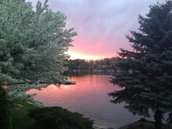 Gorgeous late spring sunset over private all sports Fonda Lake.