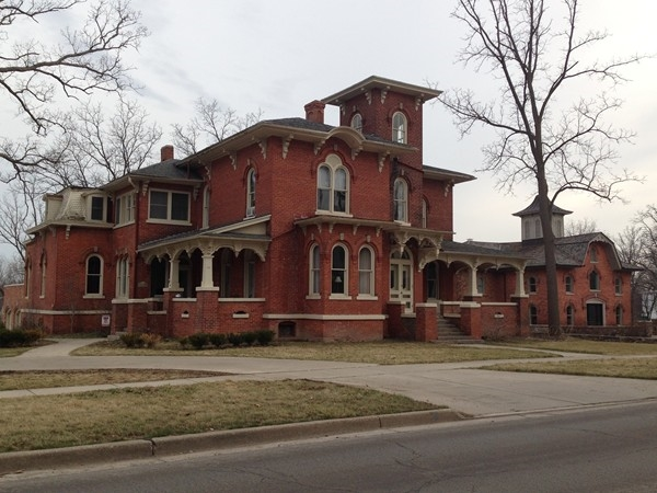 The largest mansion in Owosso, rumored to be haunted