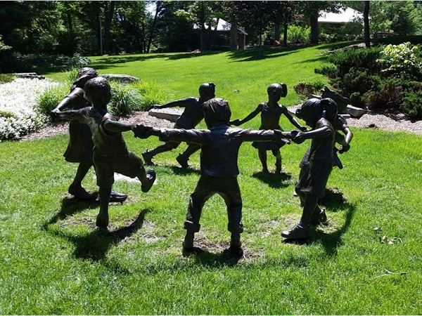 Enjoyed lunch at this beautiful sculpture garden in Cascade