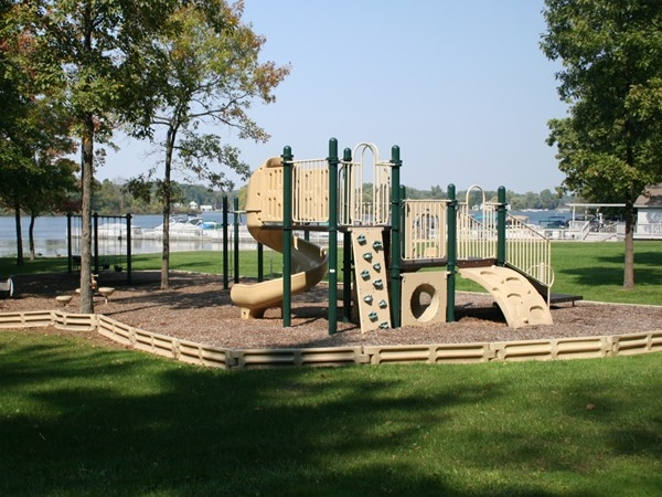 Play area behind the Oak Pointe clubhouse