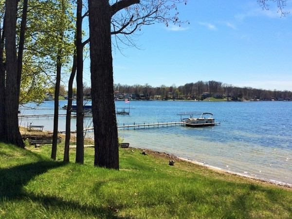 Round Lake is a 194 acre all sport lake that is a part of the Sister Lakes