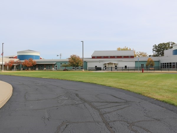 Country Side Elementary School in Byron Center