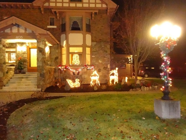 Chesaning Christmas Walk - Stone House Inn