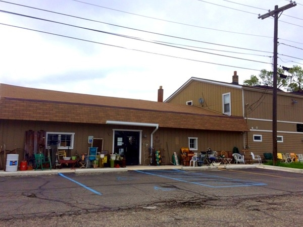Odds & Ins Resale and Consignment Shop - 144 S. Milford Road in Highland