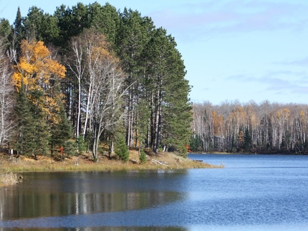 Lake Ellen crystal waters invite you to explore the beauty of Iron County