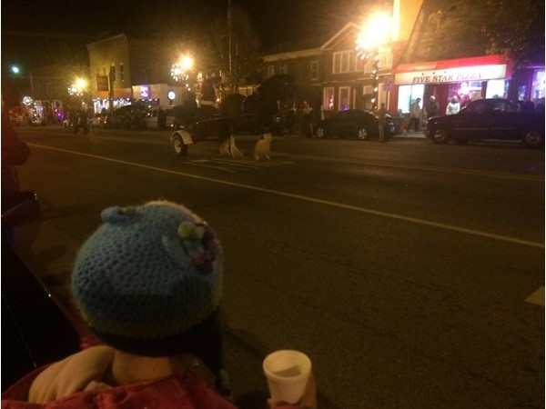 Another fun Christmas in Colon! Lots of vendors at local shops, food, cocoa, Santa, and music