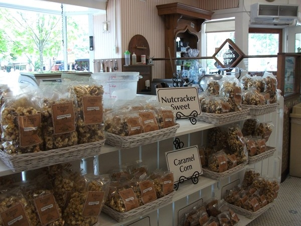 Kilwin's Chocolates is one of mom's favorite shops. It's always very busy and is a tourist favorite