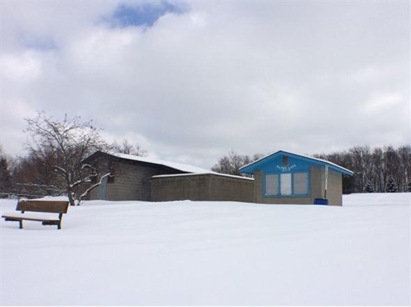 Silver Lake Park bath house & concessions