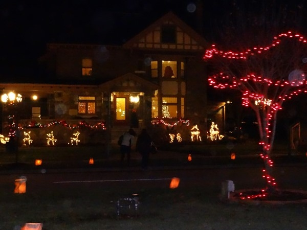 Chesaning Christmas Candle Walk
