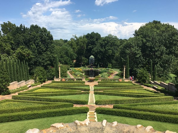 The gardens at Philbrook. What a beautiful place in the heart of Tulsa!